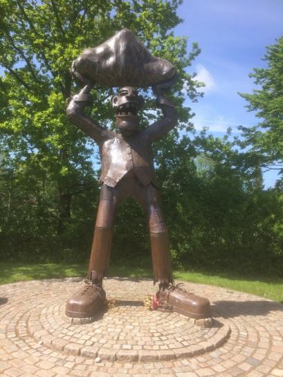 Skulptur - Der Riese von Ulsnis